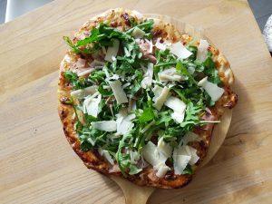 Pizza med fikensyltetøy